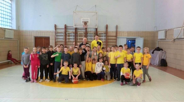 Сьогодні Київ-Баскет завітав одразу у дві школи